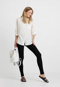 Zalando Essentials - 2 PACK - Leggings - Trousers - black/dark grey melange - 1