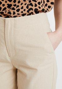 Zalando Essentials - Pantalones - safari - 4