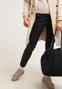 Zalando Essentials - Chinos - black - 3