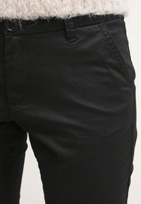 Zalando Essentials - Chinos - black - 4