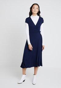 Zalando Essentials - Jersey dress - maritime blue - 1