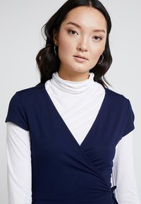 Zalando Essentials - Jersey dress - maritime blue - 3