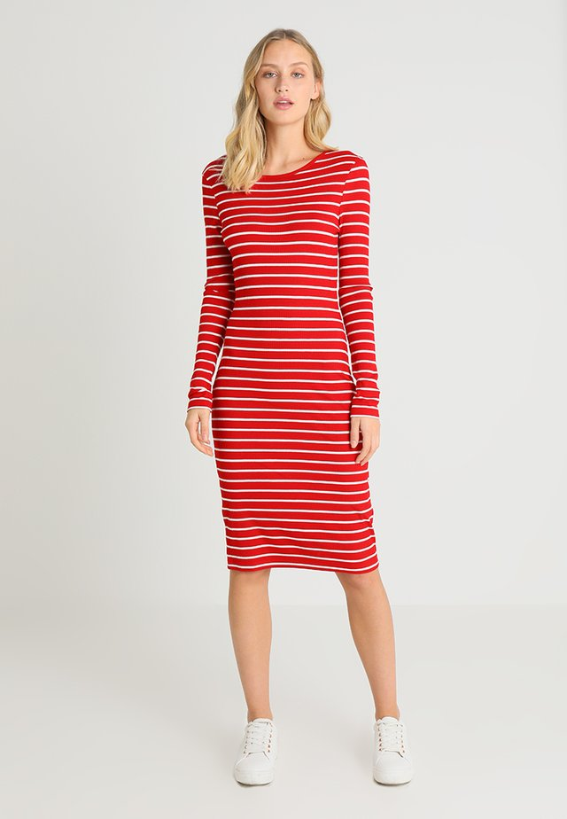 Robe pull - red/off-white