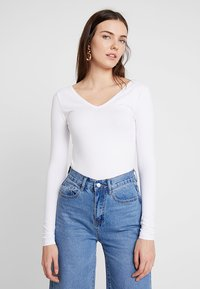 Zalando Essentials - Long sleeved top - white - 0