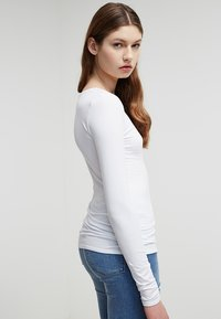 Zalando Essentials - 2 PACK - Longsleeve - white/white - 2