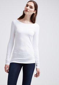 Zalando Essentials - 2 PACK - Longsleeve - white/white - 2