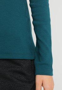 Zalando Essentials - Long sleeved top - evergreen - 3
