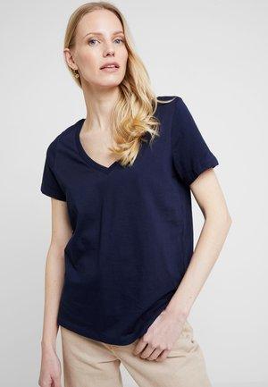 Jednoduché triko - maritime blue