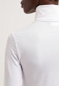Zalando Essentials - Longsleeve - white - 4