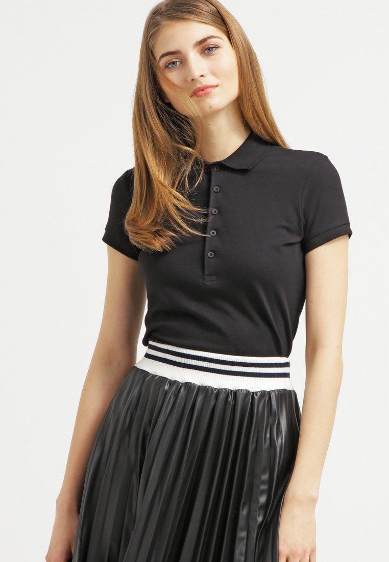 Zalando Essentials - Polo shirt - black
