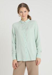 Zalando Essentials - Overhemdblouse - light green - 0