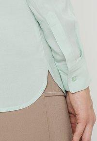 Zalando Essentials - Overhemdblouse - light green - 5