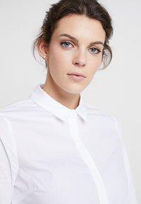 Zalando Essentials - Button-down blouse - white - 3