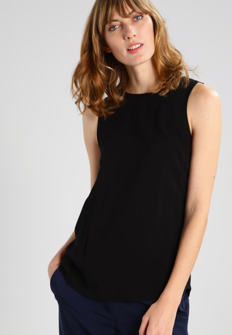Zalando Essentials - Bluse - black