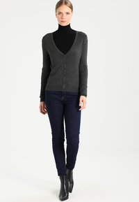Zalando Essentials - Cardigan - dark grey mélange - 1