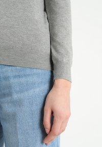 Zalando Essentials - Cardigan - mottled light grey - 5