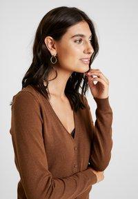 Zalando Essentials - Cardigan - brown - 3