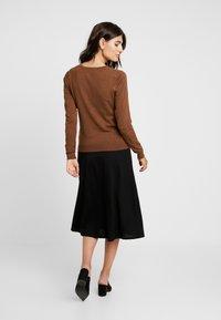 Zalando Essentials - Cardigan - brown - 2