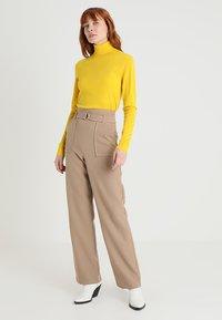 Zalando Essentials - Trui - yellow - 1