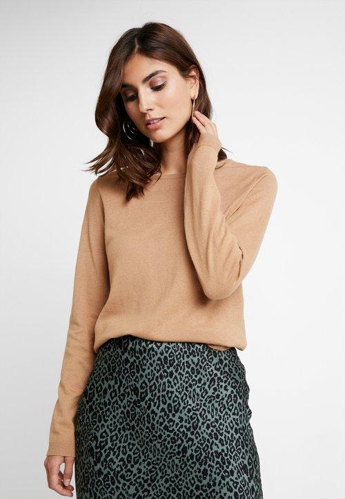 Darmowa dostawa Zalando Essentials Sweter - camel Odzież Damska KBHQ-EC4