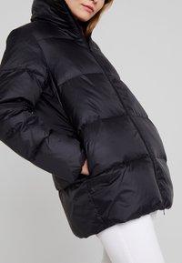 Zalando Essentials - Down coat - black - 5