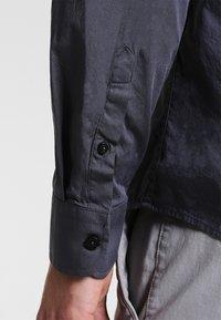 Zalando Essentials - Skjorte - dark gray - 3