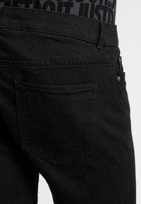 Zalando Essentials - Szorty jeansowe - black denim - 3
