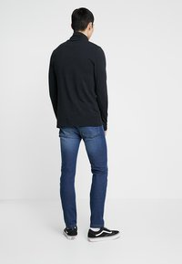Zalando Essentials - Jeans slim fit - blue denim - 2