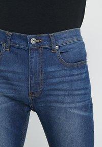 Zalando Essentials - Jeans slim fit - blue denim - 3
