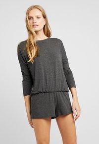 Zalando Essentials - SET  - Pyjama - dark gray - 1