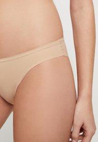 Zalando Essentials - 3 PACK - Stahovací prádlo - nude - 4