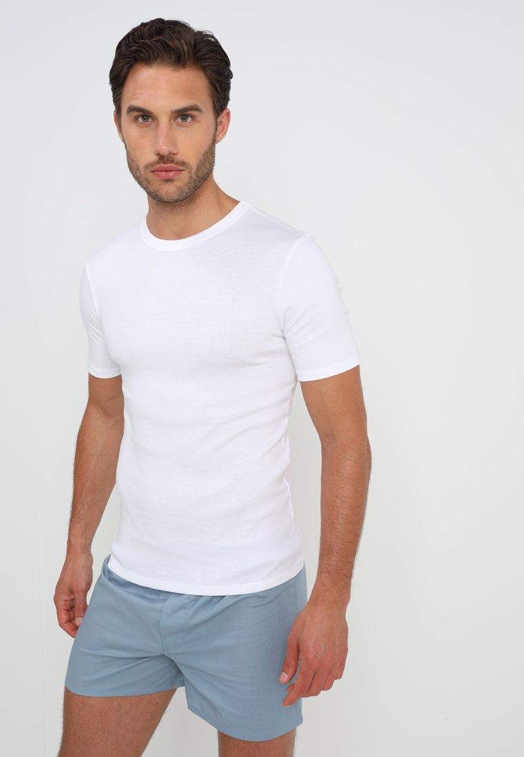 Zalando Essentials - 3 PACK - Camiseta interior - white