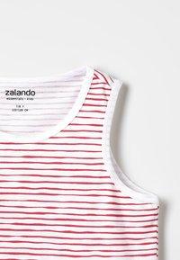 Zalando Essentials Kids - Top -  american beauty - 3