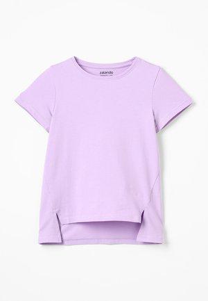 Print T-shirt - lavendula