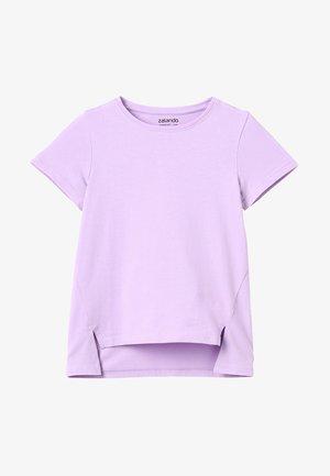 T-shirts med print - lavendula