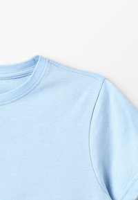 Zalando Essentials Kids - Triko s potiskem - chambray blue - 4