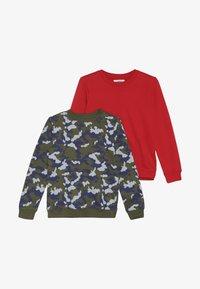 Zalando Essentials Kids - 2 PACK - Mikina - winter moss/red - 3
