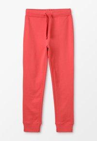 Zalando Essentials Kids - Teplákové kalhoty - cranberry - 0