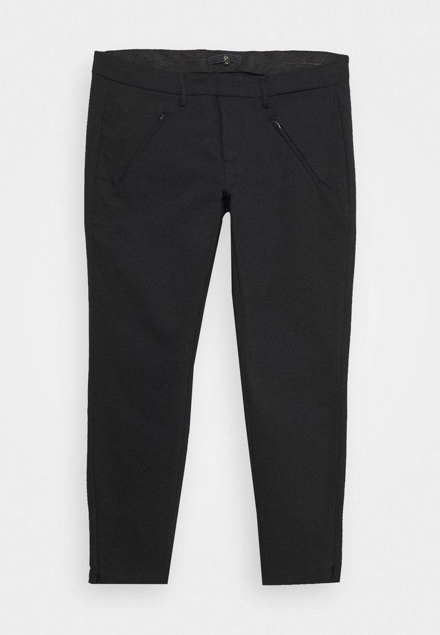 YMARIAMY CROPPED PANT - Stoffhose - black