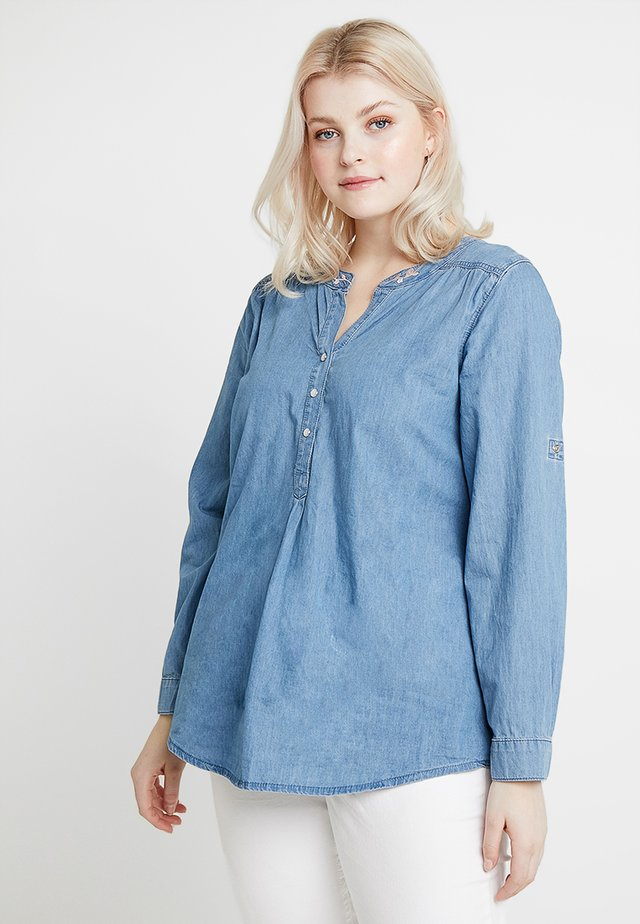 YMETTE BLOUSE - Bluse - light blue denim
