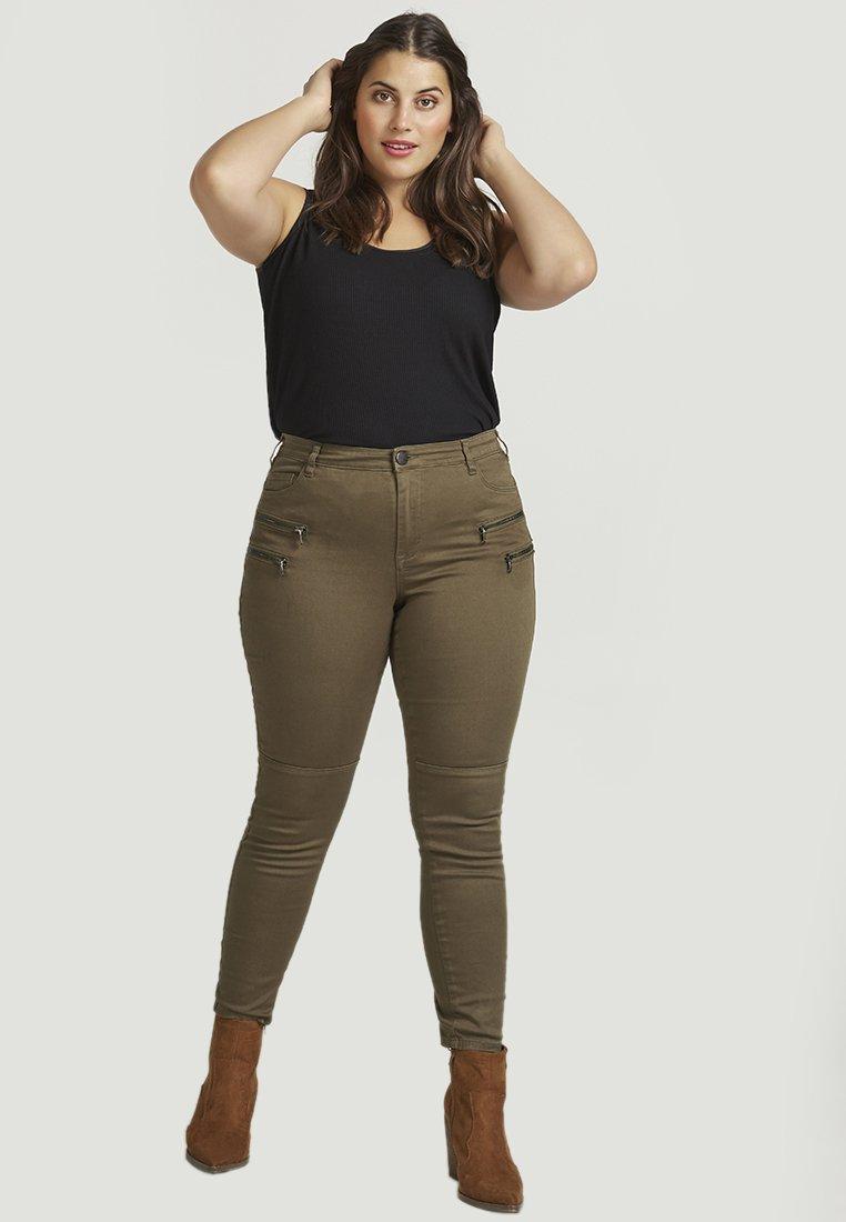 ZAY - Jeans Slim Fit - green