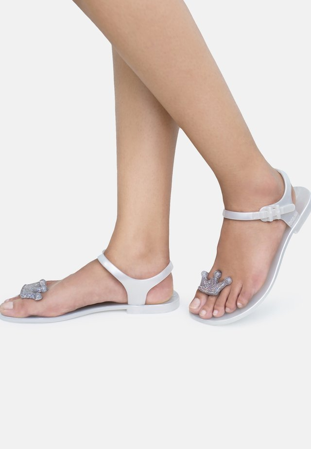 QUEEN - Tongs - white