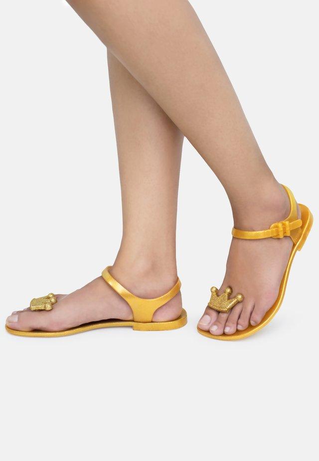 QUEEN - T-bar sandals - gold