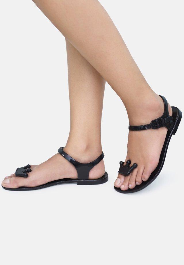 QUEEN - T-bar sandals - black