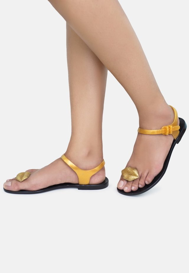 KISS - T-bar sandals - gold