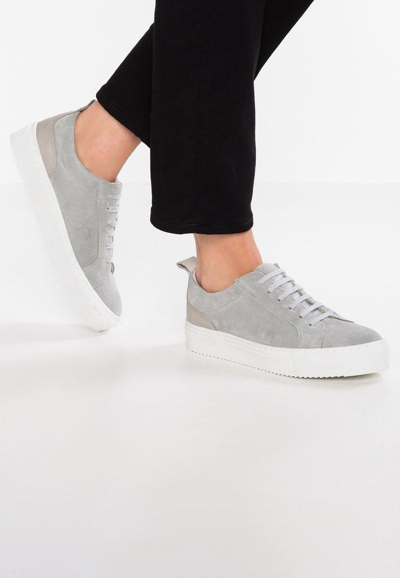 Zign - Trainers - grey