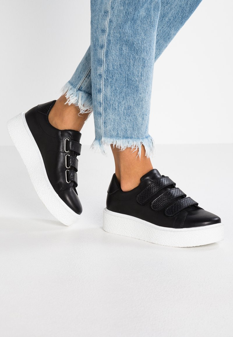 Zign - Baskets basses - black