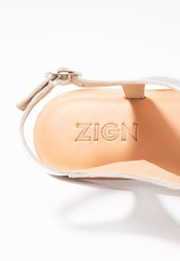 Zign - T-bar sandals - silver - 2
