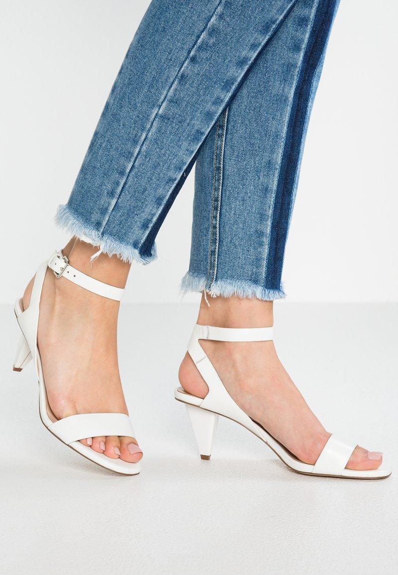 Zign - Zapatos de novia - white