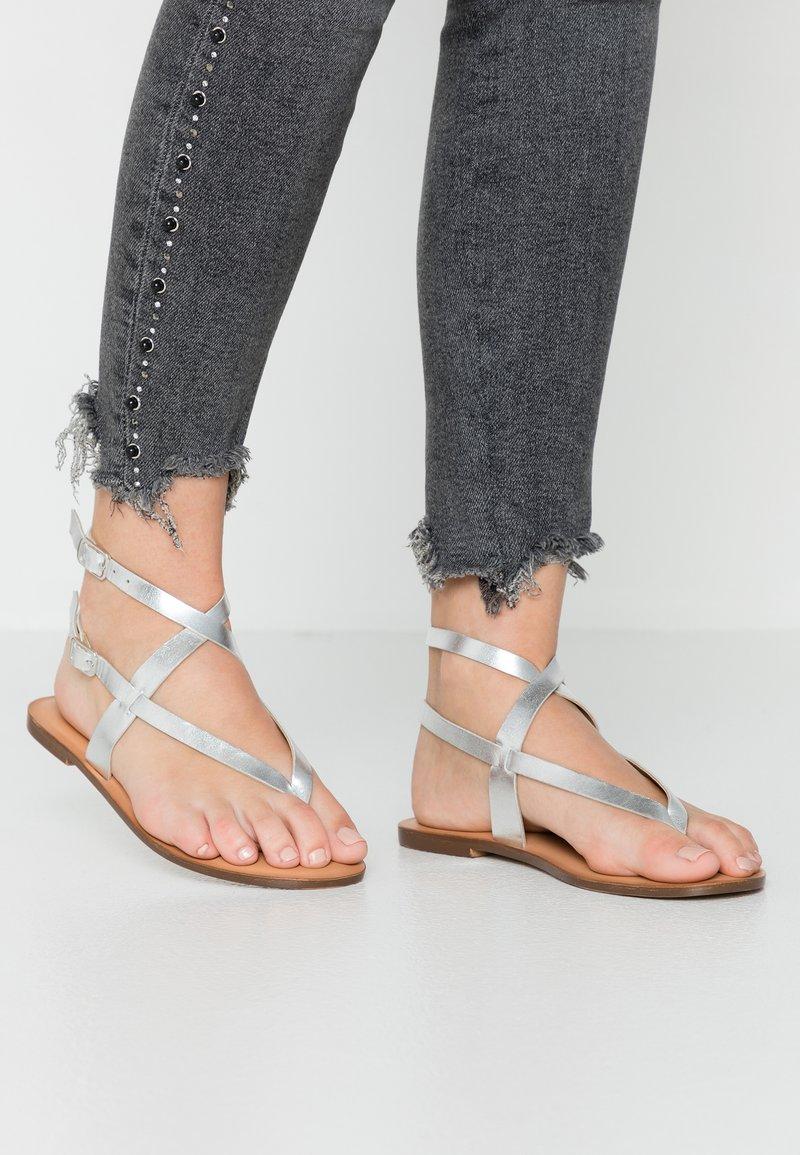 Zign - T-bar sandals - silver